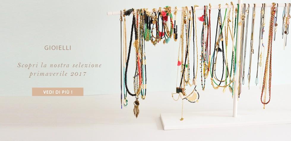 Aggiungi colore al tuo outfit con i gioielli etnici della primavera 2017